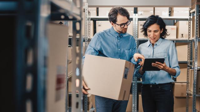 Tecnología Superior en logística en almacenamiento y distribución